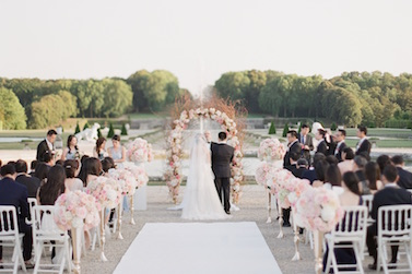 Photo of a ceremony captured at wedding in Paris planned by Fête in France