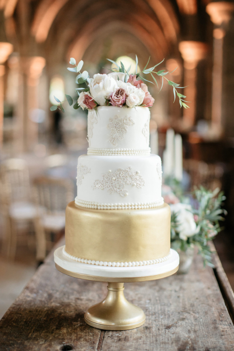 Paris luxury wedding cake