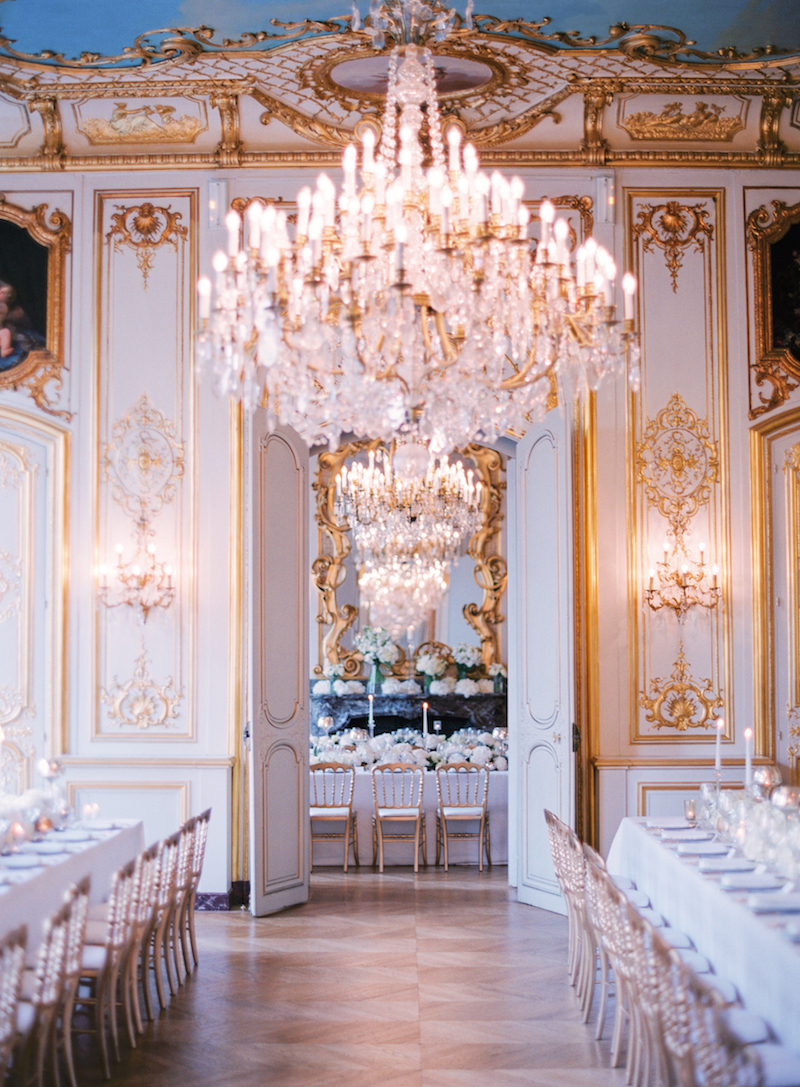 Private mansion in Paris wedding planned by Fête in France
