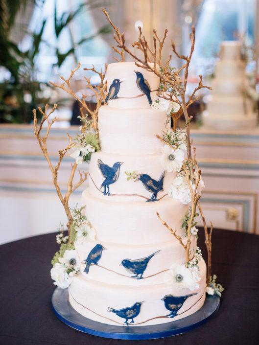 Luxury wedding cake Paris