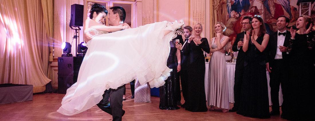 Luxury ballroom wedding in Paris
