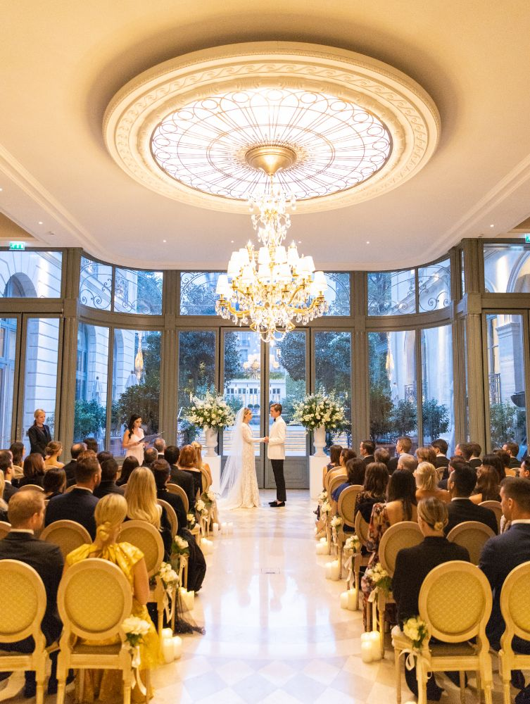 Ritz Paris winter wedding ceremony planned by Fête in France