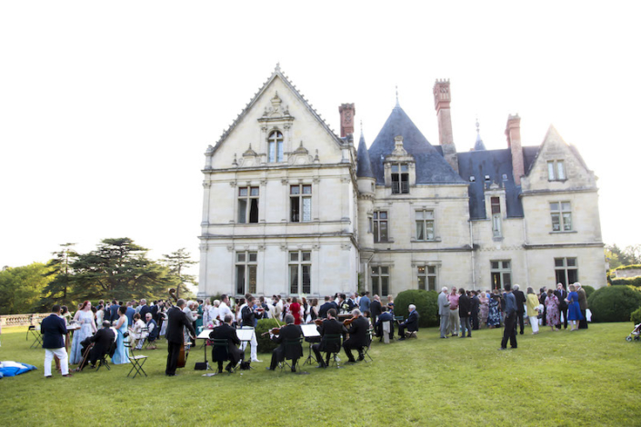 Château wedding in the Loire Valley