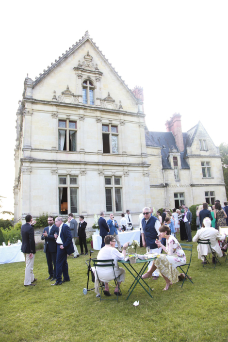 Wedding cocktail at a Loire Valley wedding