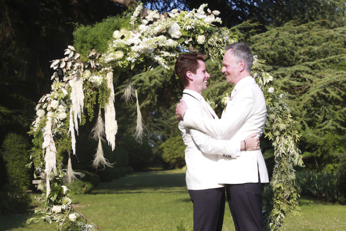 Garden ceremony in France for a same sex couple