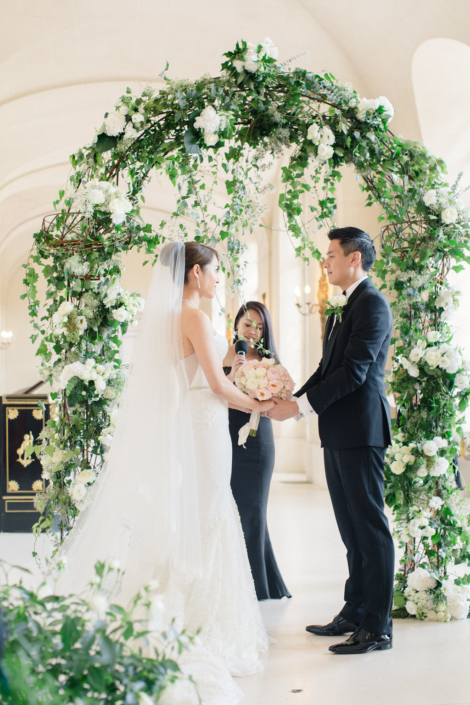Chateau wedding ceremony planned by Fête in France