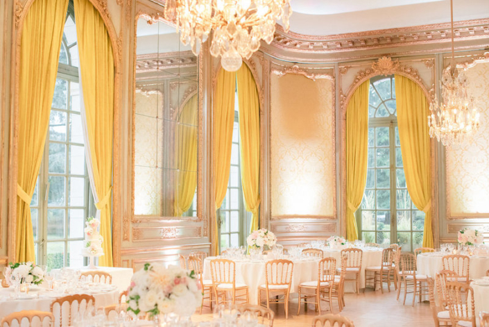 French chateau wedding reception planned by Fête in France