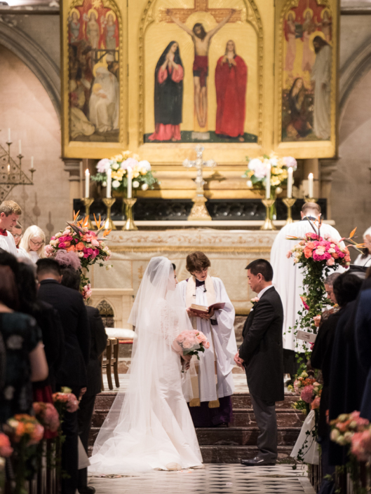 Luxury wedding at the American Cathedral of Paris