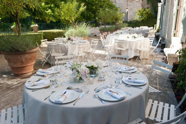 Provence villa outdoor reception