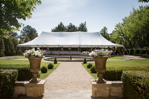 Provence tent wedding planned by Fête in France