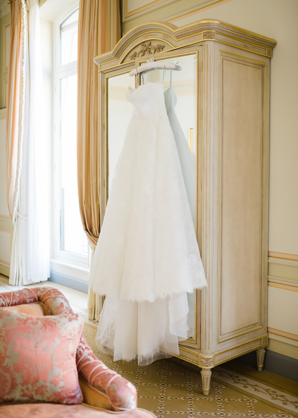 Monique Lhuillier wedding dress at the Ritz Paris