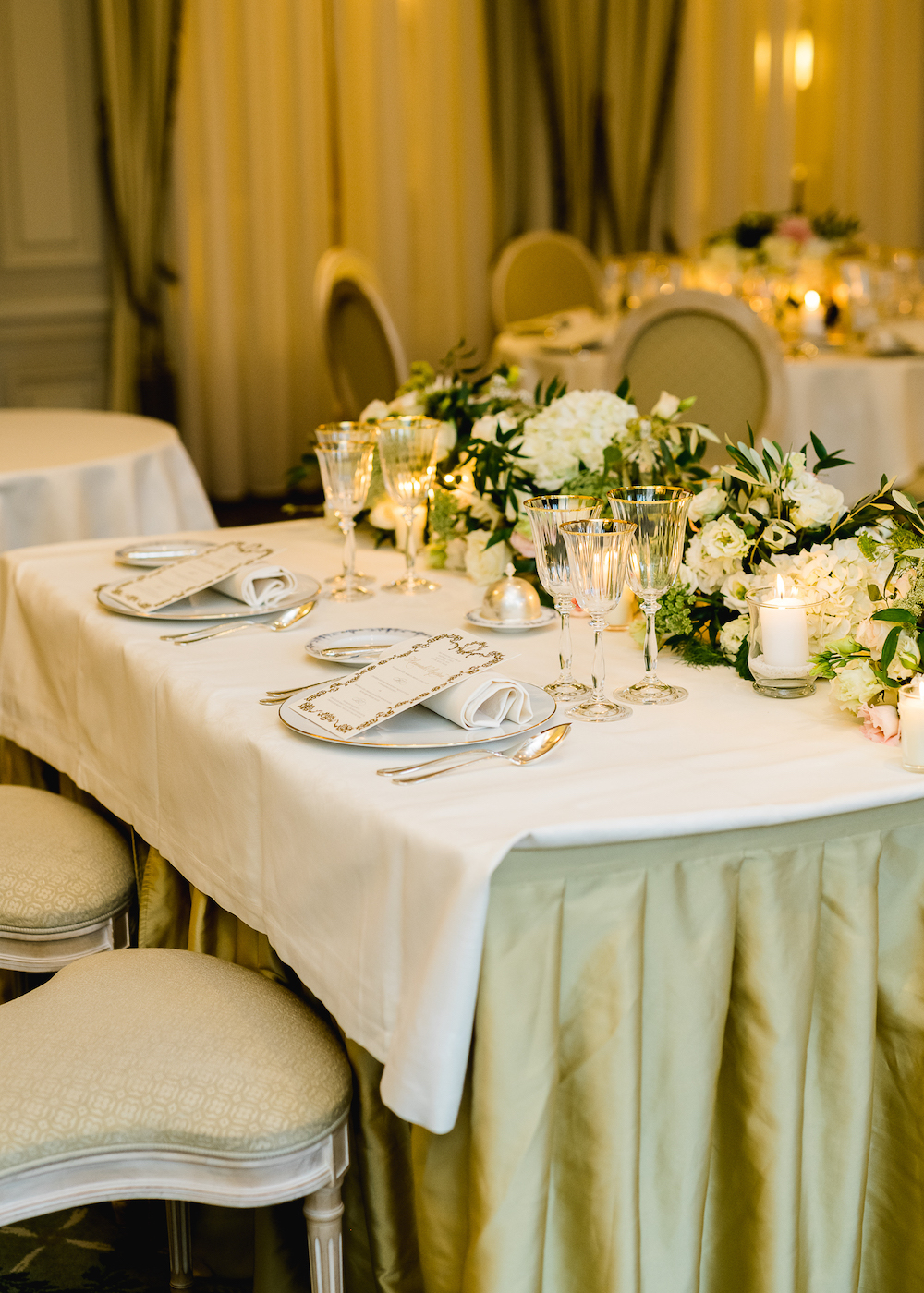 Sweetheart table at the Ritz Paris
